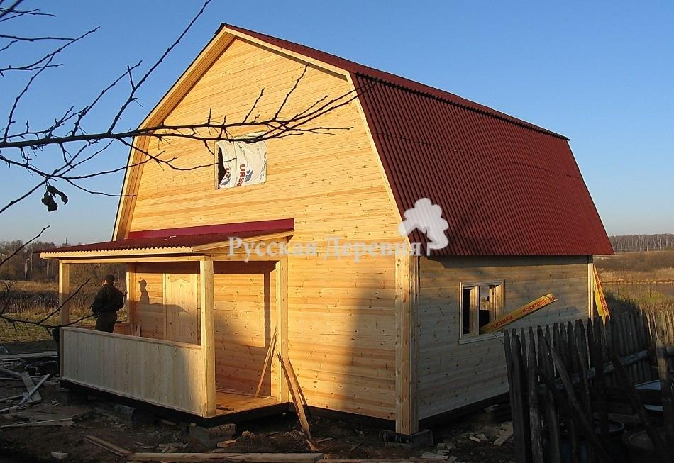 Крыльцо дачного домика